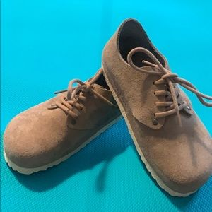 NWOT Birkenstock shoes